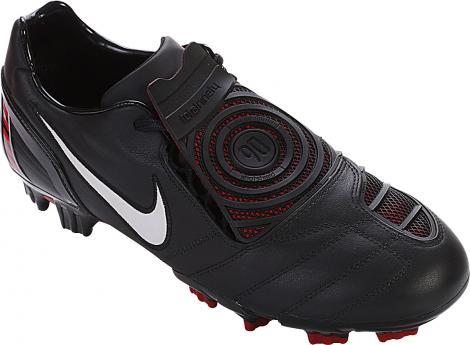 Chuteira Nike Total 90 StrikeII em Oferta!