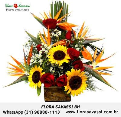 Condomínio Vila del Rey entrega flores arranjos e cestas